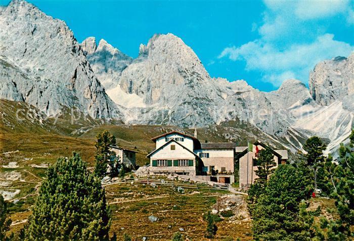 AK / Ansichtskarte Groeden_Tirol Regensburger Huette mit Geislergruppe Groeden Tirol
