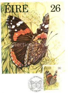 AK / Ansichtskarte Schmetterlinge Red Admiral Briefmarke Eire  Schmetterlinge