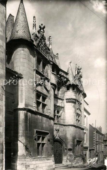 AK / Ansichtskarte Poitiers_Vienne Hotel Fume Faculte des Lettres Poitiers Vienne