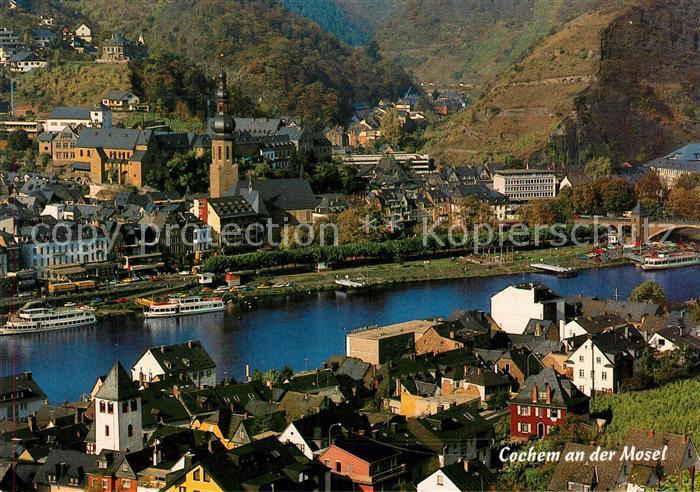 AK / Ansichtskarte Cochem_Mosel Kirche Stadtpanorama Cochem Mosel