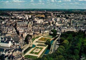 AK / Ansichtskarte Vannes Les jardins et les remparts vue aerienne Vannes
