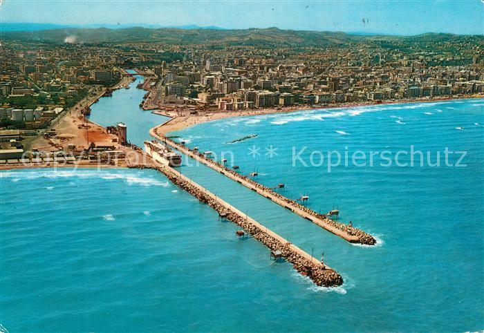 AK / Ansichtskarte Pescara Fliegeraufnahme mit Hauptkanal Pescara