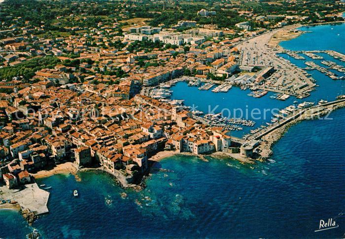AK / Ansichtskarte Saint_Tropez_Var La Pouncho sous la Glaye le port des yachts et le nouveau port Vue aerienne Saint_Tropez_Var