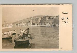 AK / Ansichtskarte Trogir Fischerboot Trogir