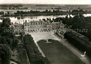 AK / Ansichtskarte Menars Fliegeraufnahme Chateau de la Marquise de Pompadour Menars