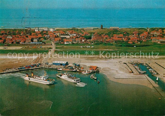 AK / Ansichtskarte Juist_Nordseebad Hafen mit Faehren Frisia II und Frisia VI Fliegeraufnahme Juist_Nordseebad