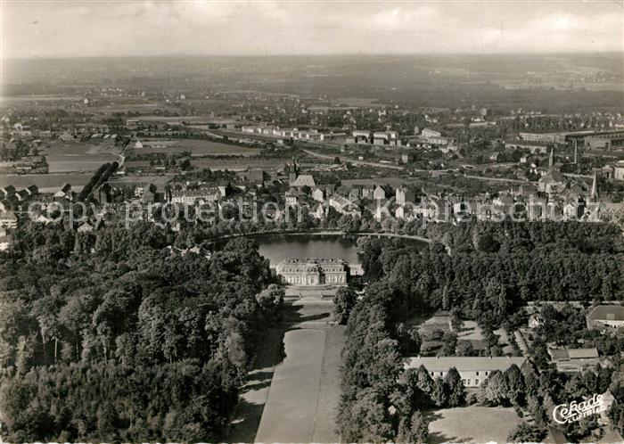 AK / Ansichtskarte Benrath Fliegeraufnahme Schloss Benrath