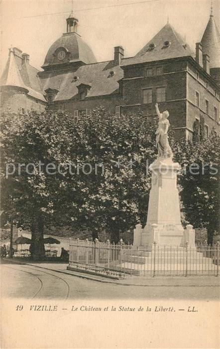 AK / Ansichtskarte Vizille Chateau Statue de la Liberte Vizille