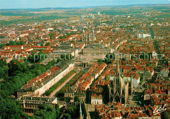 AK / Ansichtskarte Nancy_Lothringen Palais Ducal Eglise Palais du Gouvernement Place Arc de Triomphe Hotel de Ville Cathedrale vue aerienne Nancy Lothringen