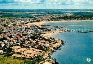 AK / Ansichtskarte Royan_Charente Maritime Vue aerienne Les Tennis la Plage de Foncillon et le Port Royan Charente Maritime