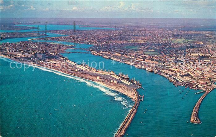 AK / Ansichtskarte Fremantle Aerial view of the port Fremantle