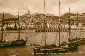 AK / Ansichtskarte Menton_Alpes_Maritimes Le Port et la Vieille Ville Bateaux Menton_Alpes_Maritimes