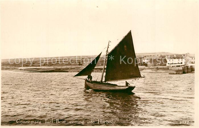 AK / Ansichtskarte Harbour_Larne Connemara Turf Boat Harbour_Larne