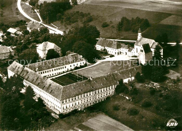 AK / Ansichtskarte Wessobrunn Jugendkurheim Kloster Wessobrunn Fliegeraufnahme Wessobrunn