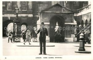 AK / Ansichtskarte Polizei Polizist London Horse Guards Whitehall
