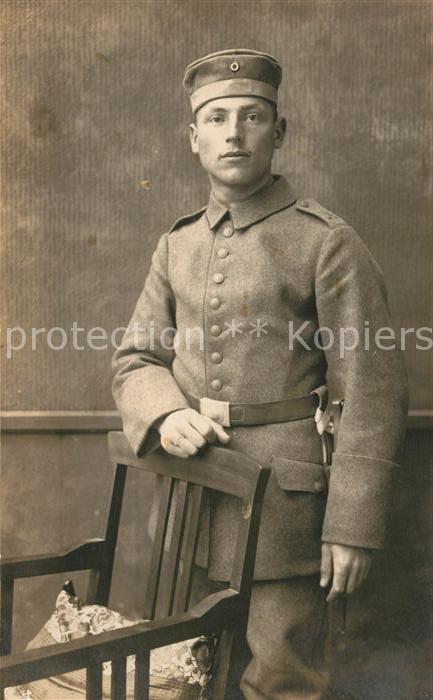 AK / Ansichtskarte Militaria_WK1 Unifoem Rosswein L. Militaria WK1