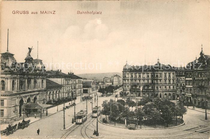 AK / Ansichtskarte Mainz_Rhein Bahnhofsplatz Strassenbahn Mainz Rhein