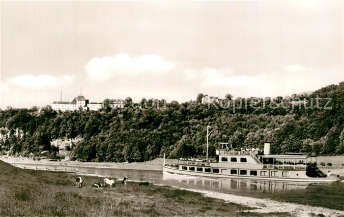 AK / Ansichtskarte Wehrden Schloss und Porzellanmanufaktur Fuerstenberg Ausflugsdampfer Wehrden 0