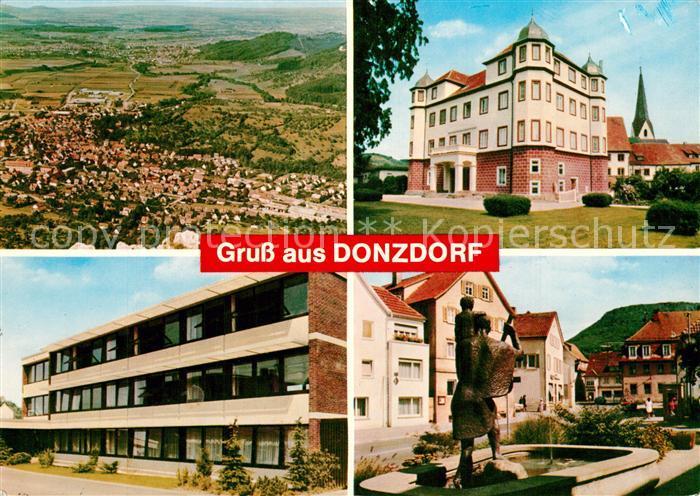 AK / Ansichtskarte Donzdorf Schloss Schule Brunnen Fliegeraufnahme Donzdorf 0