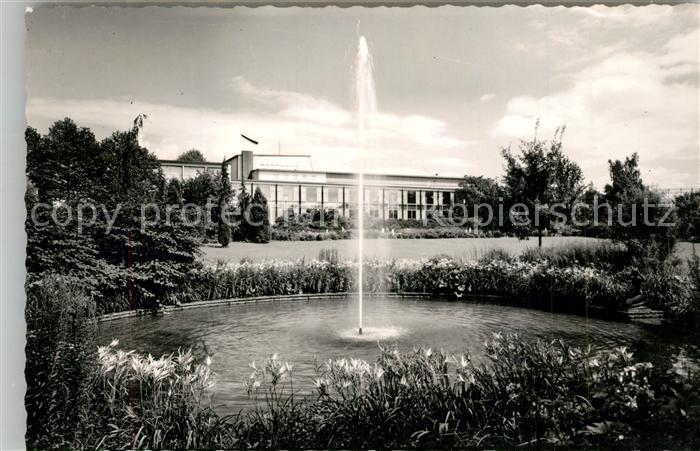 AK / Ansichtskarte Goeppingen Stadthalle Park Fontaene Goeppingen
