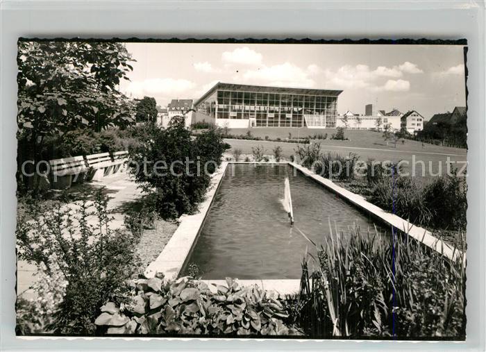 AK / Ansichtskarte Goeppingen Stadthalle Parkanlagen Teich Goeppingen