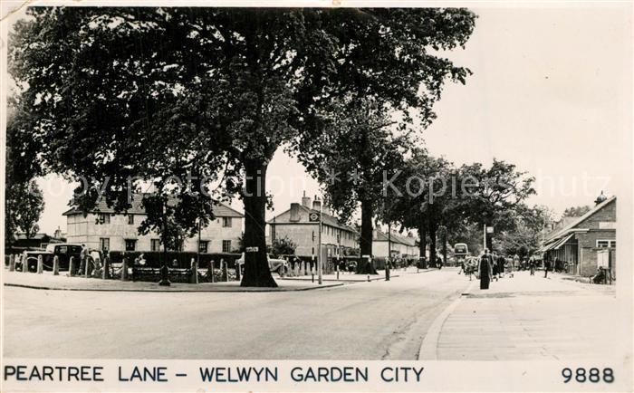 AK / Ansichtskarte Welwyn_Garden_City Peartree Lane  0