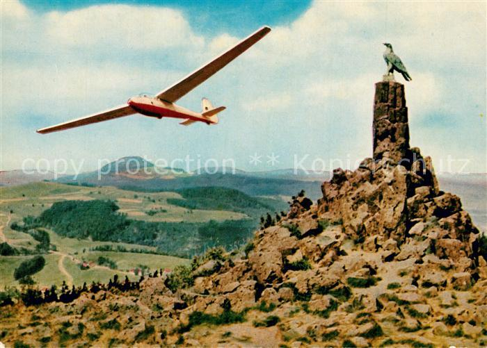 AK / Ansichtskarte Segelflug Rhoen Wasserkuppe Segelflieger Fliegerdenkmal