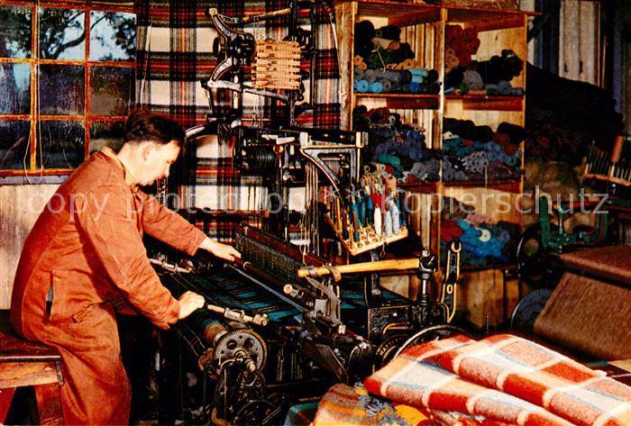 Weberei Tartans Tweeds Rugs D. W. Sutherland Weavers Shop Brora Scotland