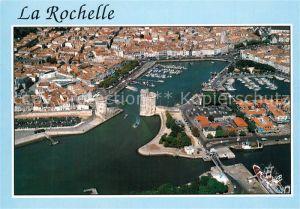 AK / Ansichtskarte La_Rochelle_Charente Maritime Vue du vieux port et du centre ville vue aerienne La_Rochelle