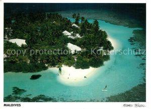 AK / Ansichtskarte Maldives Embudu Village Fliegeraufnahme