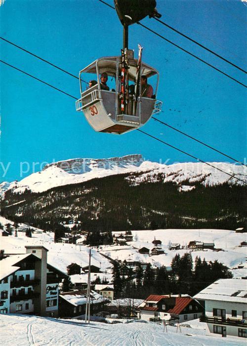 AK / Ansichtskarte Riezlern_Kleinwalsertal_Vorarlberg Kanzelwandbahn zur Kanzelwand Bergstation Wintersportplatz mit Hohem Ifen Riezlern_Kleinwalsertal