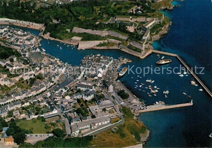 AK / Ansichtskarte Belle Ile en Mer Fliegeraufnahme Palais Port Citadelle Belle Ile en Mer
