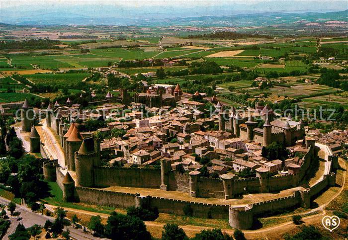 AK / Ansichtskarte Carcassonne Fliegeraufnahme Cit? Fliegeraufnahme Carcassonne