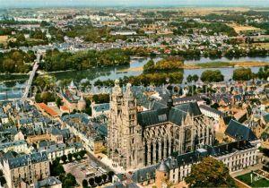 AK / Ansichtskarte Tours_Indre et Loire Cathedrale Saint Gatien La Loire vue aerienne Collection Les Merveilles du Val de Loire Tours Indre et Loire