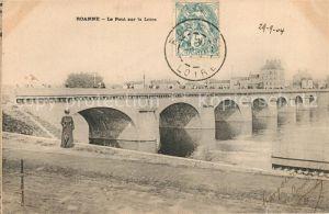 AK / Ansichtskarte Roanne_Loire Le Pont sur la Loire Roanne Loire