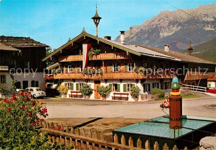 AK / Ansichtskarte Ellmau_Tirol Bauernhaus am Wilden Kaiser Brunnen Ellmau Tirol 0