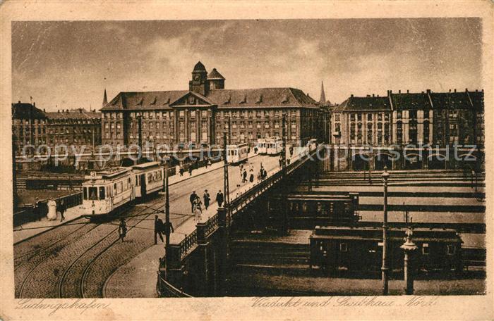 AK / Ansichtskarte Ludwigshafen_Rhein Viadukt und Stathaus  Ludwigshafen Rhein
