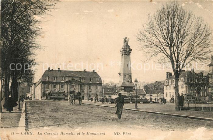 AK / Ansichtskarte Caen La Caserne Hamelin et le Monument Caen