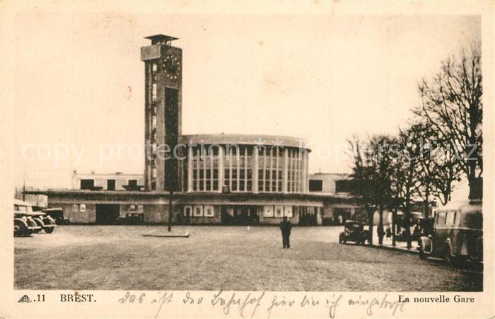 AK / Ansichtskarte Brest_Finistere Tour de l Horloge et la nouvelle Gare Glockenturm Bahnhof Brest_Finistere