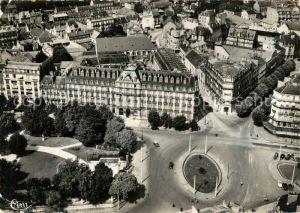 AK / Ansichtskarte Dijon_Cote_d_Or Vue aerienne Place d'Arcy et Hotel de la Cloche Vue aerienne Dijon_Cote_d_Or