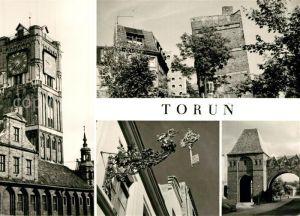 AK / Ansichtskarte Torun_Thorn Ratusz Staromiejski Krzywa Wieza Wywieszka cechowa Fragment zamku krzyzackiego Torun Thorn