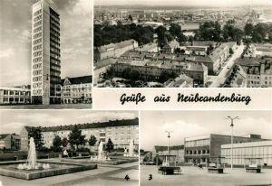 AK / Ansichtskarte Neubrandenburg Hochhaus Karl Marx Platz Wasserspiele Stadtpanorama Neubrandenburg