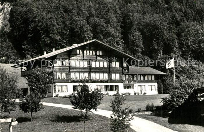 AK / Ansichtskarte Hondrich Kantonale Bergbauernschule Hondrich 0