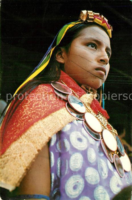 AK / Ansichtskarte Santo_Domingo_De_Los_Colorados Trachtenfrau Santo_Domingo