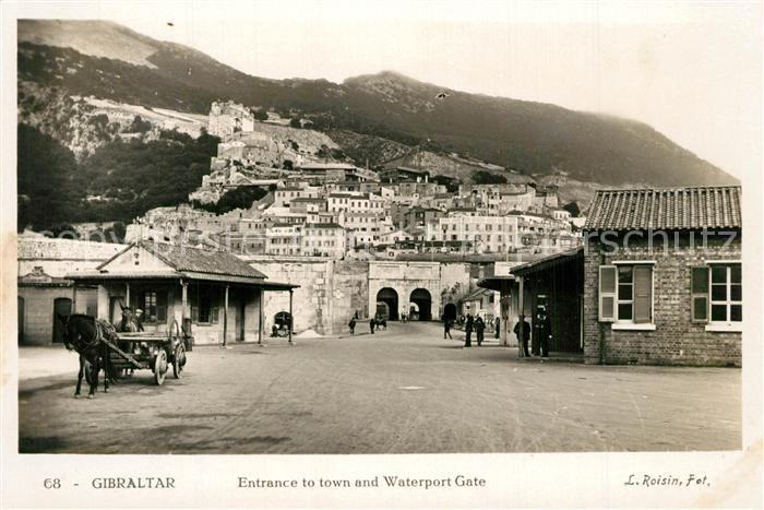 AK / Ansichtskarte Gibraltar Entrance to town and Waterport Gate Gibraltar