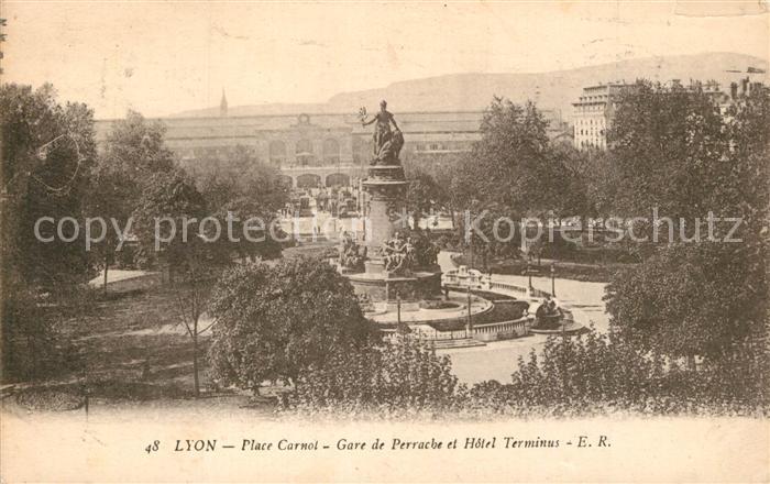AK / Ansichtskarte Lyon_France Place Carnol Gare de Perrache Hotel Terminus Lyon France 0