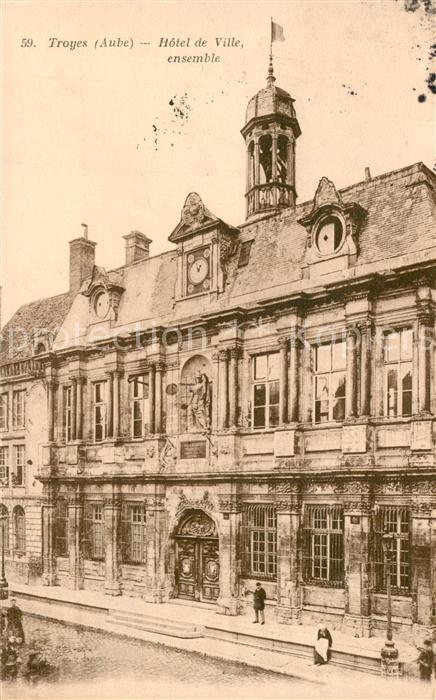 AK / Ansichtskarte Troyes_Aube Hotel de Ville Troyes Aube 0