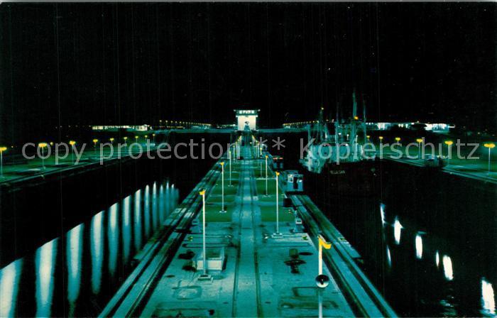 Panama_City_Panama Canal de Panama vista de noche Panamakanal Panama_City_Panama