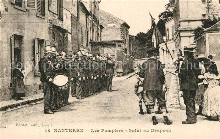 Nanterre Les Pompiers Salut au Drapeau Nanterre