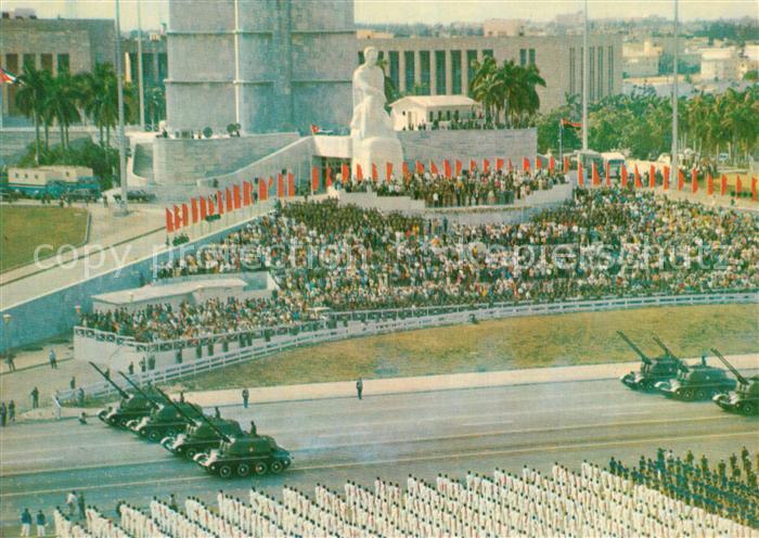 AK / Ansichtskarte Habana_Havana Militaerparade Habana Havana